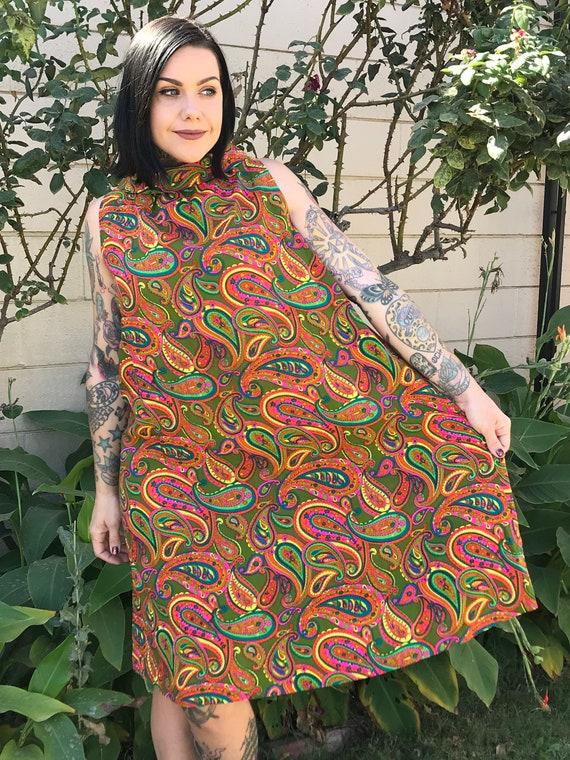 60's Vintage paisley print funnel neck tent dress… - image 4