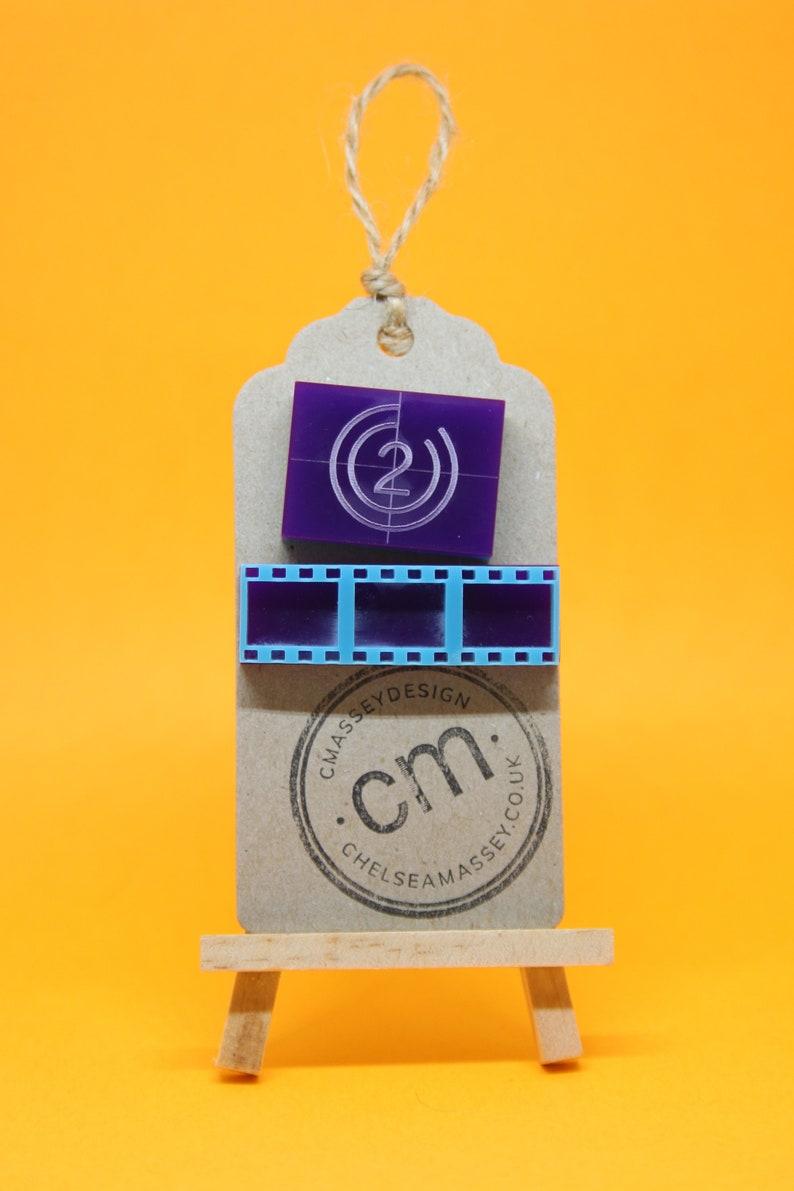 Various Film/Photo pin badges film and no.2