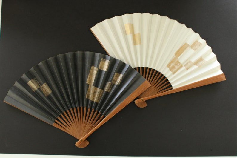 Japanese hand fan,Real gold leaf /& silver leaf,Authentic Japanese paper,traditional craft in Kyoto,Made in Japan,gift,good luck gift,White2
