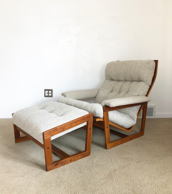 Marvelous Vintage Danish Modern Teak Lounge Chair And Ottoman Pabps2019 Chair Design Images Pabps2019Com
