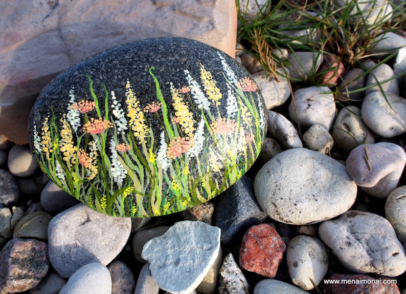 table decor countryside flower pot Painted Sea Stone Flower Garden: Father/'s day Mother/'s day terrace birthday