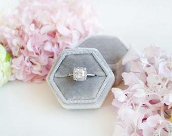 Velvet ring box - Vintage ring box - Hexagonal ring box - Wedding gift - Silk velvet - Gray