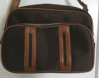 e80165cc5938 Vintage 70s Overnight Bag Made By Baltimore Luggage Company