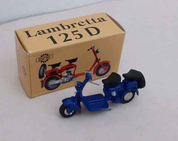 Lambretta 125D dark blue - Scottoy limited edition model 1:43 - Brand new in box