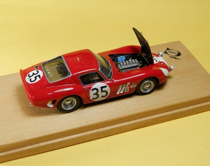Ferrari 250 GTO 3223GT Sebring 12 hours 1966 #35 Perkins / Slottag REMEMBER Models with engine 1:43 - Factory built