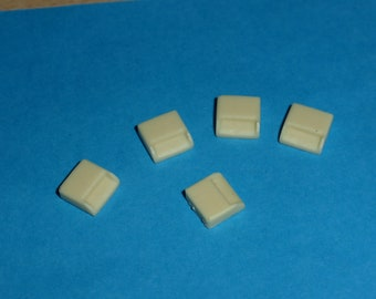 high quality resin roof air inlets for rally cars etc. (pack of 5 pcs) Autoparco AU-AERQ 1:43