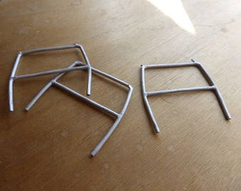 pack of 3 white metal rollbars for 1:24 racing car models