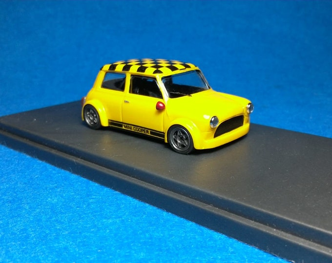 Mini Cooper Racing Group 2 yellow with chequered roof Tavarco by Remember 1:43 - Factory built