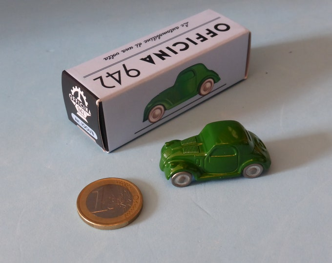 Fiat 500B Topolino 1948 in green Officina942 new vintage small diecast model in 1:76 (00) scale new in box #1001B