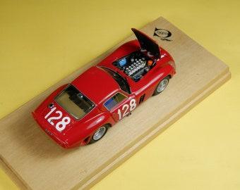 Ferrari 250 GTO 3705GT Targa Florio 1964 #128 Nicolosi/Zanardelli REMEMBER Models with engine 1:43 - Factory built