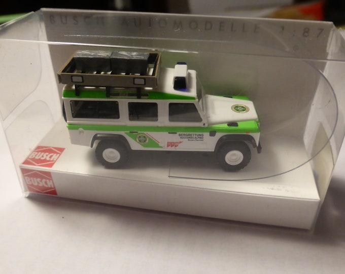 Land Rover Defender Nr.8 Bergrettung Bozen Sarntal Busch 50387 1:87 H0