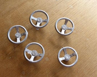 Pack of 5 white metal 3-spoke steering wheels for Mini Cooper, Abarth and so on 1:24 18SW1