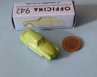 Fiat 1100 S Mille Miglia-type 1947 in pale green Officina942 new vintage small diecast model in 1:76 (00) scale new in box #1003C