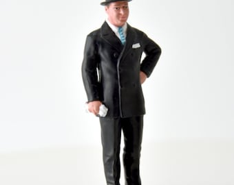 Ettore Bugatti handpainted resin figure for slot cars systems Le Mans Miniatures 1:32 FLM132025M
