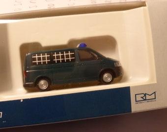 Volkswagen Transporter T5 GP Bus Polizei Gefangenentransport Rietze 52642 1:87 H0