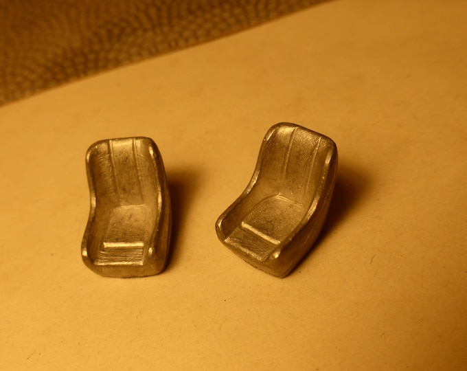 white metal couple of seats for Maserati Tipo 151 AMR original spare parts 1:43