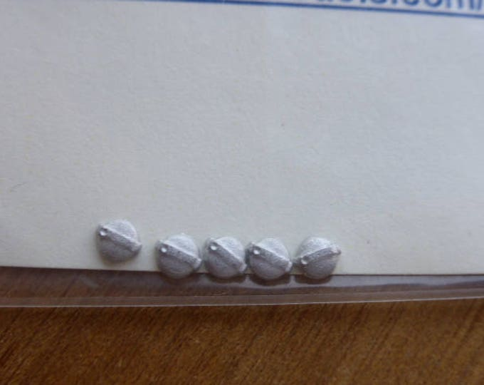 high quality white metal tank caps for 1:43 scale models Carrara SP52 (pack of 5)