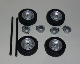 Set of 4 wheels + tires + brake discs + axles Alfa Romeo Alfasud Sprint, Alfetta... TYPE A Laudoracing 1:18