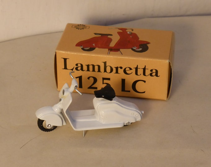 Lambretta 125LC Carenata white - Scottoy limited edition model 1:43 - Brand new in box