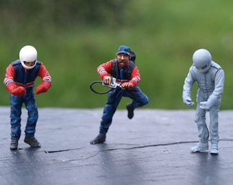 set of 3 racing refuellers 1:43 scale to assemble and paint Le Mans Miniatures FTJ964307