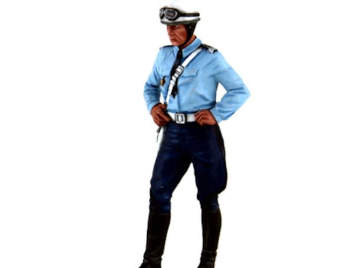 French policeman biker (1975-1980) 1:18 high quality figure Le Mans Miniatures FLM118036-P1