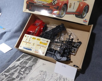 Porsche 934 Turbo Gr.4 Georg Loos 1976 ESCI kit #3001 1:24