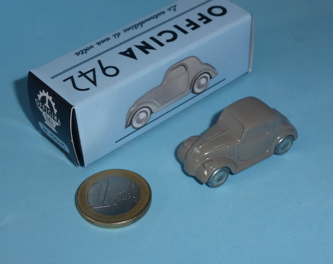 Fiat 500B Topolino 1948 in light grey Officina942 new vintage small diecast model in 1:76 (00) scale new in box #1001C