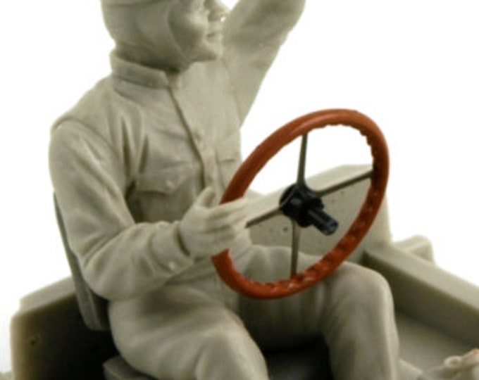 sitting racing driver of the 30s in 1:24 scale (to assemble and paint) Le Mans Miniatures FTB372402