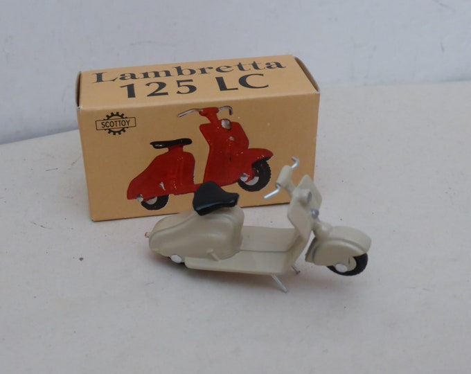 Lambretta 125LC Carenata sable - Scottoy limited edition model 1:43 - Brand new in box