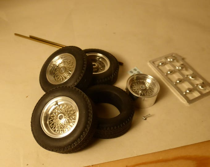 Borrani turned and photoetched wire wheels + tires for Ferrari 250 GT and other cars of the 50/60s 1:18 REMEMBER W35
