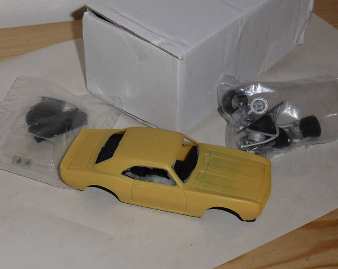 Chevrolet Camaro in IMSA and Trans-Am trim Remember Models KIT 1:43