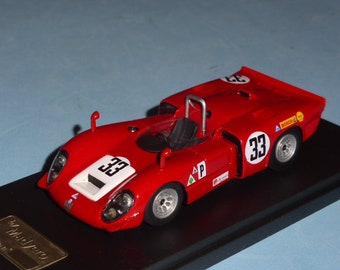 Alfa Romeo 33/3 Sebring 12 hours 1969 #33 Vaccarella/Bianchi Madyero by Remember 1:43 Factory built