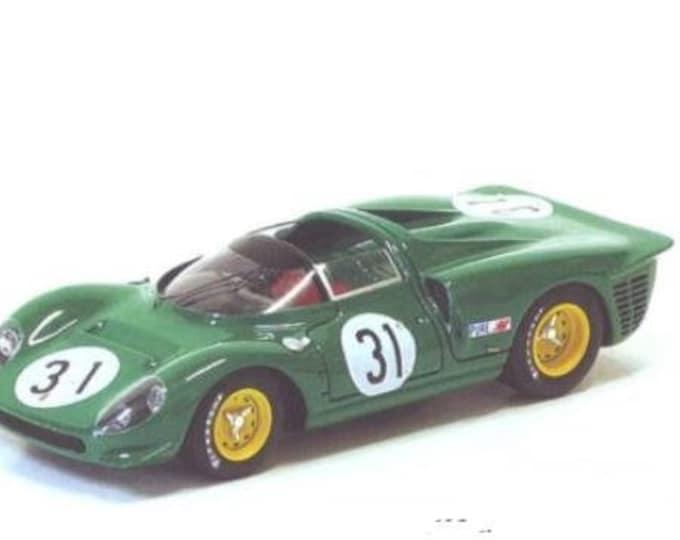 Ferrari 365 P2/P3 Piper Racing 24h Daytona 1967 n.31 Piper/Attwood REMEMBER kit 1:43