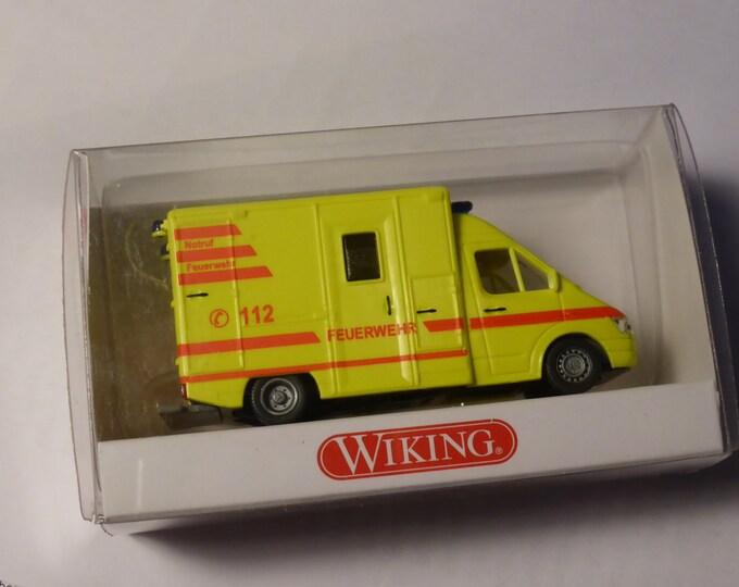 Mercedes Benz Sprinter Rettungswagen RTW Wiking 3210230 1:87 H0