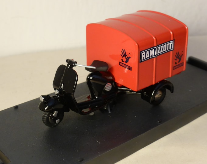 Piaggio Ape Van (Cabinato) old style Amaro Ramazzotti - Scottoy limited edition model 1:43 - Brand new in box