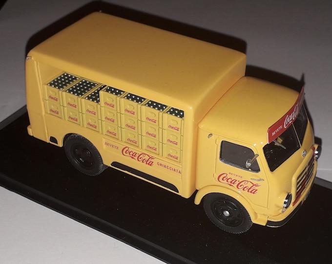 """OM Leoncino delivery truck CC Italian distribution """"Nonomologati"""" 1:43 exclusive factory built edition"""