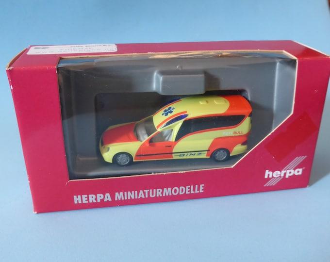 Mercedes-Benz Binz A2003 W211 Binz rettbull Herpa 046275 H0 1:87