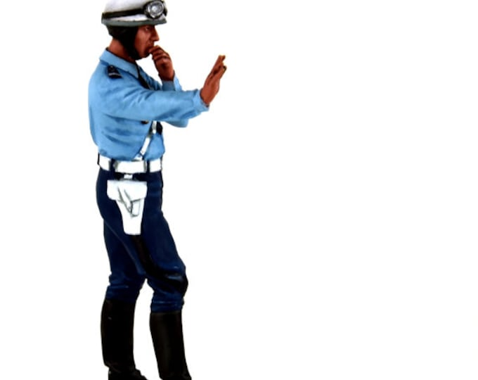 French policeman biker (1975-1980) 1:18 high quality figure Le Mans Miniatures FLM118036-P2