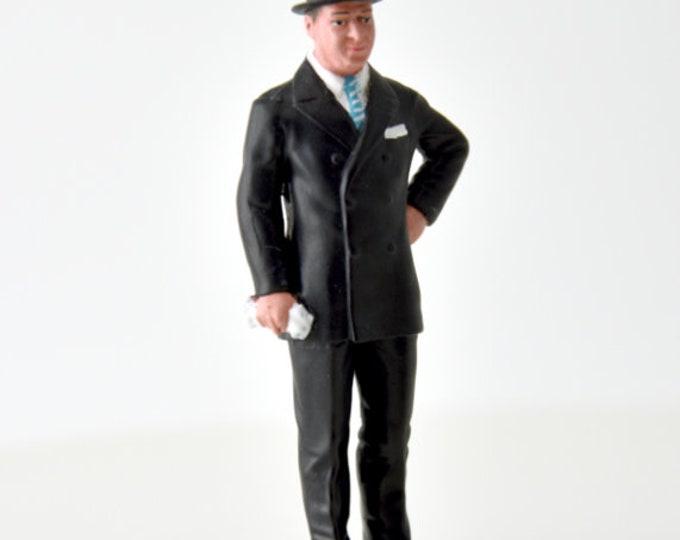 Ettore Bugatti handpainted resin figure for slot cars systems Le Mans Miniatures 1:32 FLM132025M