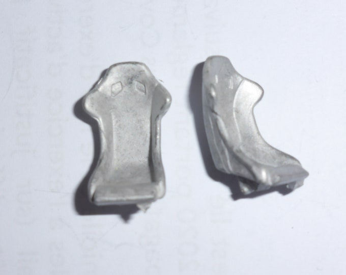 Pack of 2 racing seats (type C) for sports and racing cars 1:43 scale models Carrara Models SP61