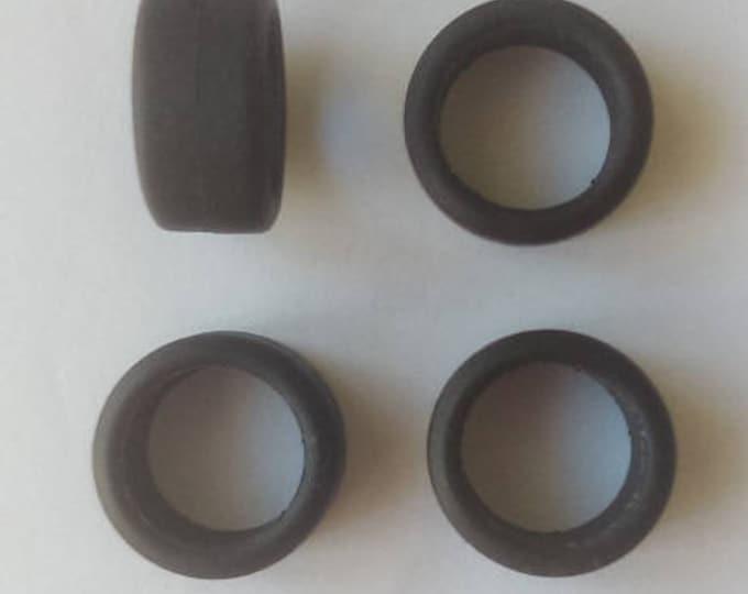 Set of 4 tires, slick - Model car accessories - Scale model tires - 1 43 tires - 7,5x15,5x11,2mm - #4399