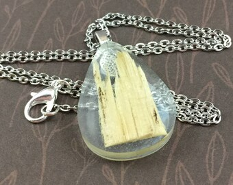 Teardrop Resin Necklace with Pine Wood Chip