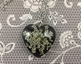 Heart Queen Anne's Lace Necklace
