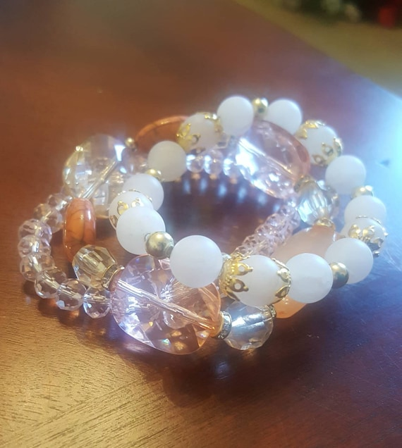 5 set glass pink and gold bead bracelets