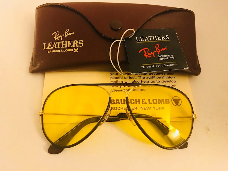 abf0deb01e Vintage New Aviator leather Bausch   Lomb Ray Ban Sunglasses