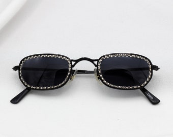 5b5cb90c0b91 Tiny Oval 90 s sunglasses