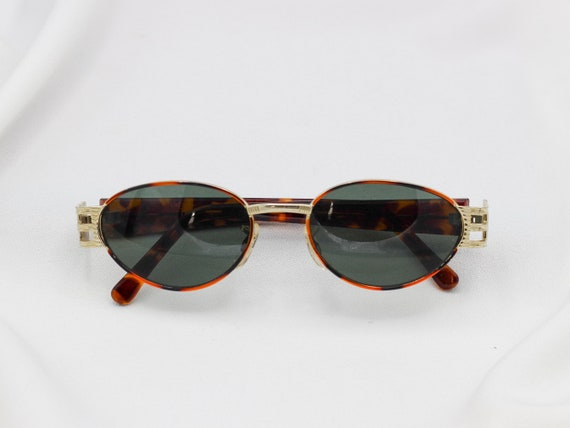 f5830d818c23 Vintage Oval Sunglasses Old school hip hop sunglasses