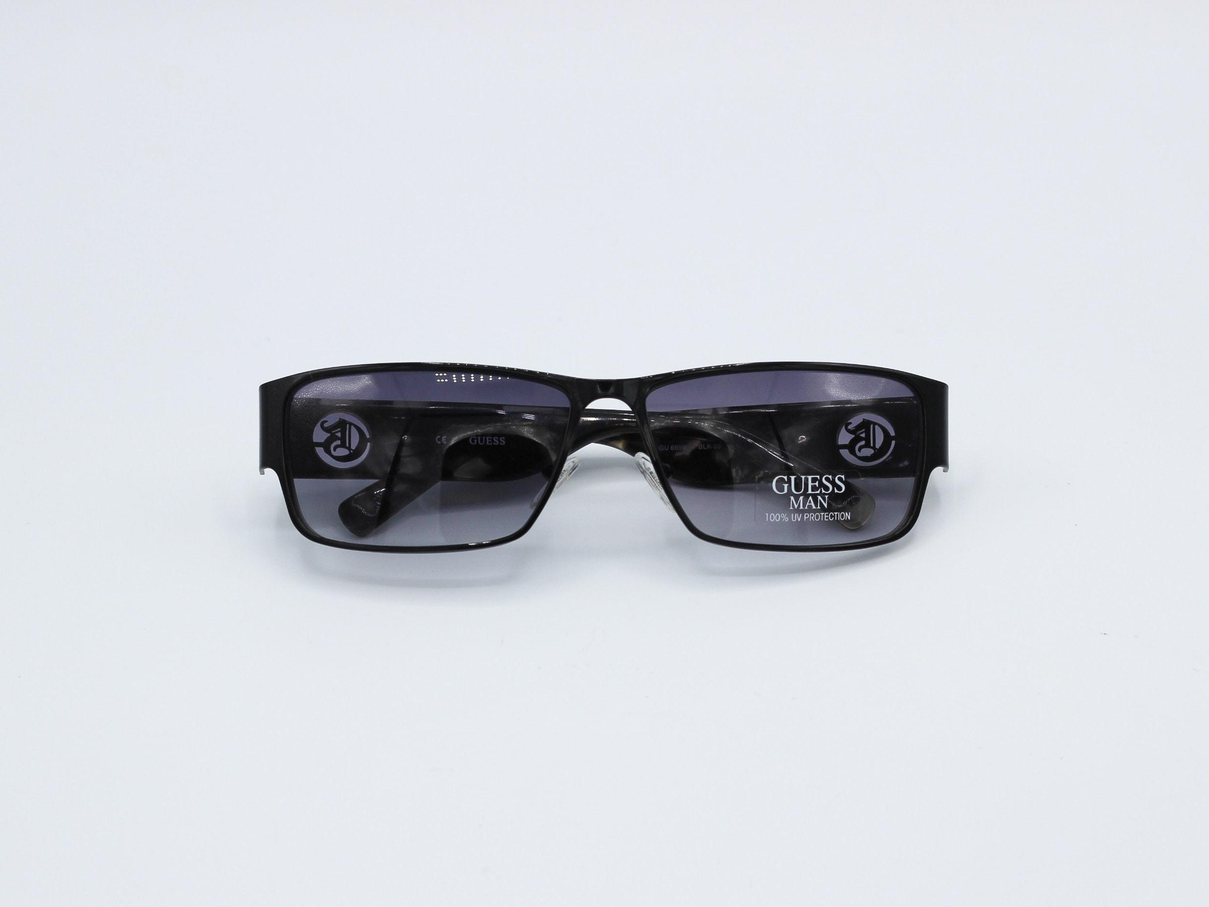 16925e3567c31 Vintage Guess MAN Square Sunglasses 90s Fashion Retro