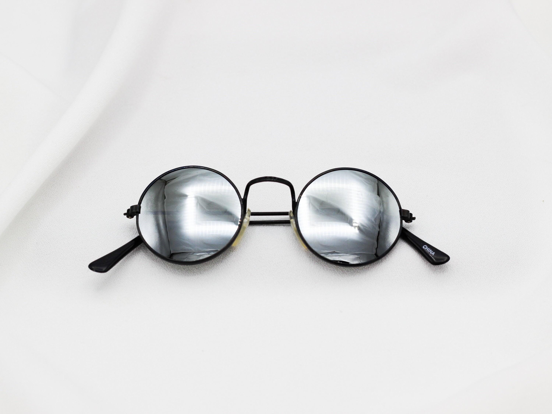 775ffff9e79 Vintage Round Lennon Sunglasses Unisex Glasses Reflective