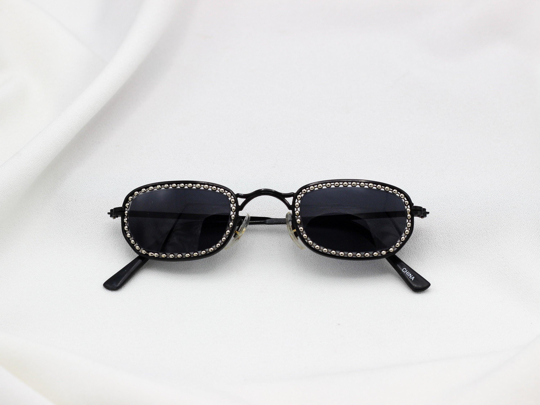 11b0d924e6fdd Tiny Oval 90 s sunglasses Matrix Sunglasses vintage